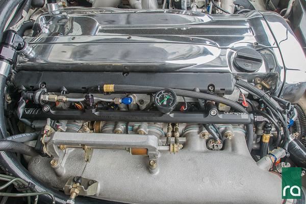 Fuel Rail Nissan RB26DETT